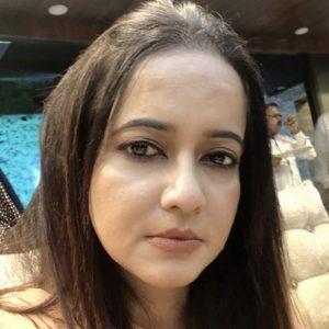 Dr Seema Azmi psychologist